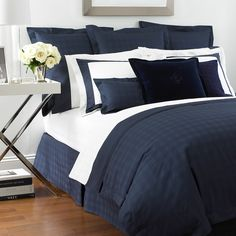 Add classic style to your bedroom with this Glen Plaid duvet cover by Ralph Lauren Home. In navy blue, it features an all over subtle check design and is available in double and super-king sizes. C...