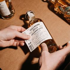 Olsson Barbieri - One of our last projects in 2019 was Gullmunn Juleaquavit - an aquavit made in Oslo by distiller Marthe… Candle Packaging, Bottle Packaging, Print Packaging, Bottle Labels, Candle Labels, Design Packaging, Web Design, Label Design, Graphic Design