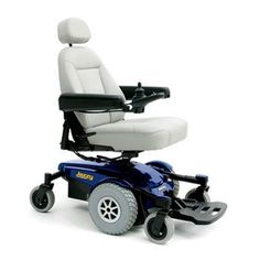 We understand choosing a power wheelchair to fit your needs can be a little confusing so we've outlined some of the features of our power wheelchairs.