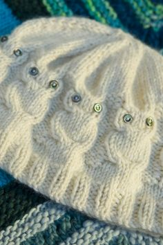 I've been seeing the patterns for these a lot lately. This wise owl hat is just as gorgeous and the pattern is FREE!