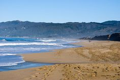 Enjoy the Pacific Surf at these Half Moon Bay Beaches | Mill Rose Inn | Half Moon Bay, CA