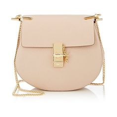 Chloé Drew Small Crossbody (€1.700) ❤ liked on Polyvore featuring bags, handbags, shoulder bags, pink, crossbody purse, pink cross body purse, chain strap handbag, chain strap shoulder bag and beige shoulder bag