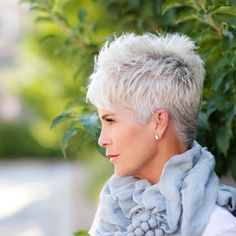 Creative and Modern Tricks Can Change Your Life: Older Women Hairstyles Natural messy hairstyles half up.Women Hairstyles Over 50 Jane Fonda women hairstyles over 50 gray.Women Hairstyles Over 50 Jane Fonda. Short Hairstyles Over 50, Short Pixie Haircuts, Short Hairstyles For Women, Pixie Hairstyles, Haircut Short, Trendy Hairstyles, Hairstyles Haircuts, Fringe Hairstyles, Daily Hairstyles