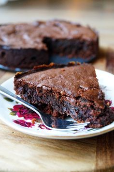glutenvrije en suikervrije chocoladetaart Healthy Pie Recipes, Healthy Cake, Healthy Sweets, Healthy Baking, Sweet Recipes, Cake Recipes, Healthy Recepies, Healthy Cookies, Healthy Food