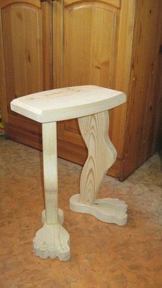 3 Fun And Easy DIY Woodworking Projects That You Can Complete This Weekend Woodworking Projects Diy, Diy Wood Projects, Wood Crafts, Woodworking Plans, Into The Woods, Diy Holz, Pallet Furniture, Outdoor Furniture, Wood Art