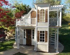 Explore our custom design process of indoor and outdoor playhouses for boys and girls! Design a two-story playhouse, castle, cottage and much more!