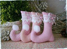 3 Elfenstiefel♥Baumschmuck♥Rosa♥Weihnachten von Little Charmingbelle auf DaWanda.com