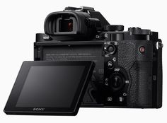 sony unveils their first full-frame mirrorless cameras: 'α7′ and 'α7r'