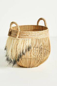 20 Fun DIY Wine Cork Craft Ideas for Unique and Budget-Friendly Décor - The Trending House Basket Weaving, Hand Weaving, Cork, Mermaid Blanket, Boho Diy, Bohemian, Craft Stick Crafts, Warm Colors, Wicker Baskets