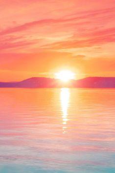 Download free HD wallpaper from above link! #pink #sun #view #sea #water #ocean View Wallpaper, Ocean Wallpaper, Iphone Wallpaper, Free Hd Wallpapers, Sun View, Romantic, Explore, Sunset, Amazing