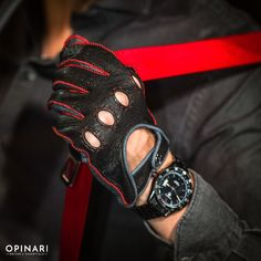 Driver's Essentials From OPINARI: Handmade Driving Gloves in Premium Quality. #drivinggloves #Drivetastefully #lamborghini #opinari #classicstyle #drivebetter #driveinstyle #madeinitaly #handcrafted #leathergoods #oldnewsclub #porsche #carreragt #fiat #getoutanddrive Retro Motorcycle, Motorcycle Gloves, Good Drive, Leather Driving Gloves, Leather Box, Ferrari, Lamborghini, Make A Case, Red Interiors