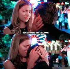 She lost him . Scream Movie Series, Dean White, Mtv Scream, Horror Show, Watch Tv Shows, Me Tv, Thalia, Saga, The Fosters