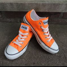 Shop Women's Converse Orange size 6 Sneakers at a discounted price at Poshmark. Description: Brand new with box neon orange sneakers. Converse All Star, Orange Converse, Cool Converse, Orange Sneakers, Converse Style, Orange Shoes, Converse Sneakers, Custom Converse, Vans Shoes