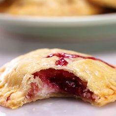 4 Ingredient Berries & Cream Hand Pies Recipe by Tasty 5 Ingredients Berries & Cream Hand Pies Easy Desserts, Delicious Desserts, Dessert Recipes, Yummy Food, Mini Desserts, Puff Pastry Desserts, Puff Pastries, Baking Desserts, Healthy Desserts
