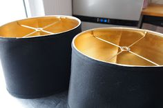 Black lampshades are a good way to add that pop of black you need in a room. Spray paint inside of lampshades Rustoleum Metallic Gold for a cost-effective DIY that adds warmth. Painted Furniture, Diy Furniture, Furniture Buyers, Furniture Stores, Luxury Furniture, Rustoleum Metallic, Diy Casa, Deco Originale, Creation Deco