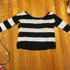 Aeropostale small striped sweater So cute and comfortable!! Aeropostale Sweaters Cardigans