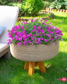 You can do it yourself. With some thought and planning you can achieve professional-looking results. Tire Garden, Garden Yard Ideas, Backyard Garden Design, Small Garden Design, Diy Garden Projects, Garden Crafts, Diy Garden Decor, Garden Beds, Garden Art