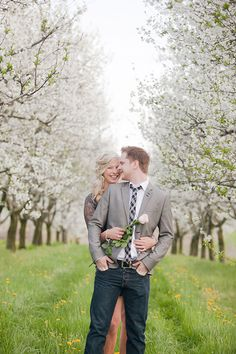 Gorgeous engagement photo session.  Oh, how I love spring.