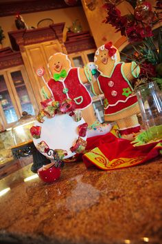 Christmas, Fall & Halloween Decorating Blog for Trees, Home Decor!   Show Me Decorating