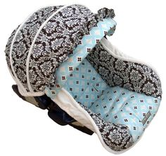 I think this needs to be M's new car seat cover!