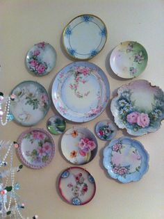 - Home - Plates Dish Display, Plate Display, Plate Wall Decor, Plates On Wall, Casa Retro, French Country Dining, Plate Hangers, Hanging Plates, Vintage Plates