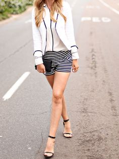 Dash of Darling: Caitlin's Style