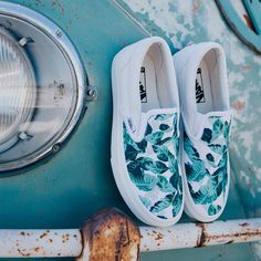 """new concept 42448 7e4b4  vans on Instagram  """"Monday mood  Leaf Me Alone. Check out all-new patterns  in the Vans Customs shop at vans.com customs"""""""
