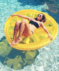 Lemon Slice Pool Float!