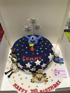 Monster v aliens cake 3rd Birthday, Birthday Cakes, Alien Cake, Cupcake Cakes, Cupcakes, Fancy Cakes, How To Make Cake, Aliens, Tutorials