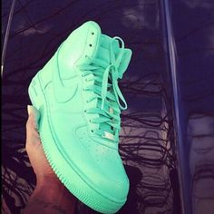 I love mint color, and I found a mint shoes are very cool !!! ♡♡♡♡♡•nike♡♡♡♡♡