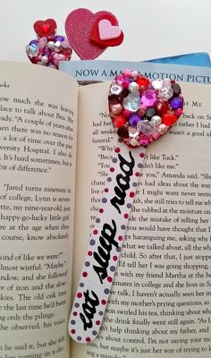 Valentine's Day gift for the book lover - Wood heart popsicle stick bookmarks