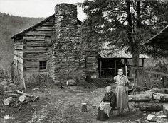 Two of the Walker sisters beside Walker Cabin in Great Smoky Mountains. (Thanks for the info Jerry Adams). Photo shared From: The Last of the Granny Witches ~ Appalachian Ink ~ Home of Anna Wess, Writer & Ghost Chaser. Vintage Pictures, Old Pictures, Old Photos, Fotografia Retro, Old Cabins, Rustic Cabins, Westerns, Appalachian Mountains, Appalachian People