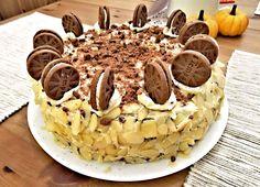 Recept : Kakaový dort z piškotu a krému zdobený mandlemi a Oreo sušenkami | ReceptyOnLine.cz - kuchařka, recepty a inspirace Waffles, Breakfast, Morning Coffee, Waffle