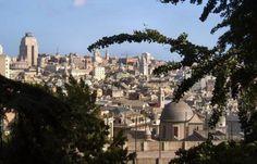 Genova in Quattro Ore: l'App per iPad targata Tormena.  Un lavoro di famiglia per creare una guida completa della città. Fotogallery, spiegazioni complete e musiche composte per l'occasione sono i punti forti. Ma anche il fatto che a farla siano stati papà e figlie: li abbiamo intervistati