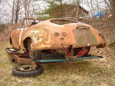 what a project. Where is James Dean? Porsche 356 Speedster, Porsche 914, Porsche Sports Car, Porsche Cars, Vintage Cars, Antique Cars, Rust In Peace, Rusty Cars, Old Classic Cars