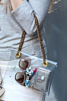 Make a chic clear bag with this tutorial.