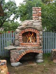 idejai foto idejai foto in 2020 Backyard Fireplace, Fire Pit Backyard, Stone Backyard, Pizza Oven Outdoor, Outdoor Cooking, Brick Oven Outdoor, Outdoor Rooms, Outdoor Living, Pizza Oven Fireplace