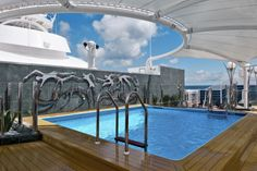 The private pool of MSC Yacht Club, an exclusive area of MSC Divina. What a week on board was like. http://wp.me/p2ycHX-xS