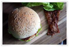 [cml_media_alt id='4578']Veganer Chicken Burger und Reispapier Bacon[/cml_media_alt]