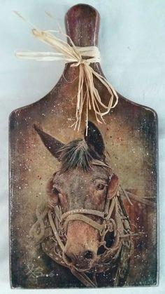 ξύλο κοπης με ντεκουπαζ αλογο