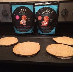 Don't let the weekend get in the way of being healthy! 💪🏼 Start your day off guilt free with ABS Protein Pancakes.✨ These delicious pancakes are packed with Protein, Low on Carbs, Low on Calories & All Natural!! 🎉😋👍🏼                                                                            ------------------------- 👉🏼Visit http://ss1.us/a/V7nuTH5H (link in bio) to learn more about our delicious flavors and order your tonight❗️
