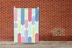 All Tied Up Quilt by Jeni Baker, via Flickr - love this simplicity