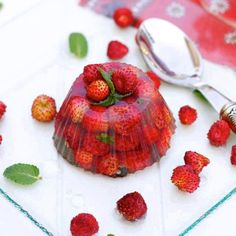 gelatina com morangos