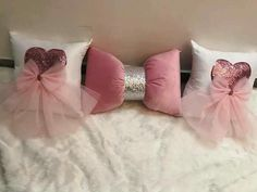 Cute Pillows, Kids Pillows, Pillow Crafts, Baby Sewing Projects, Sewing Pillows, Silk Ribbon Embroidery, Cool Beds, Home Decor Bedroom, Girl Room
