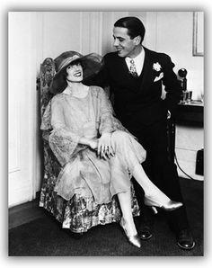 Humphrey Bogart & his first wife, Helen Menken (m. 1926-1927)
