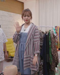 Ulzzang Korean Girl, The Wiz, Meme, Kpop, Girls, Beauty, Fashion, Toddler Girls, Moda