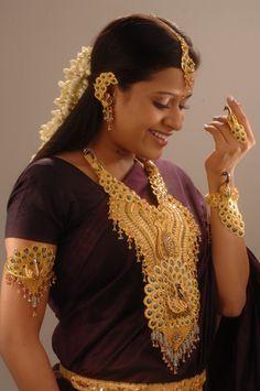 http://neonpix.net/lalithajewellery.net/upload/gallery/lalitha_jewellery_119l_1333777264.jpg