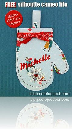 A FREE cutting file for your Silhouette Cameo to make your own sweet festive gift card holder!