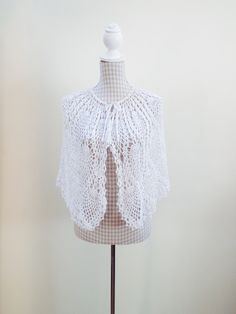 Crochet-Cape - Vintage Finds You Blouse Vintage, Vintage Tops, Crochet Cape, Finding Yourself, Soul Searching