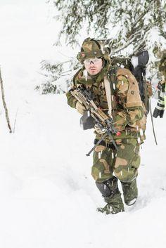 Hans Majestet Kongens Garde (Norway) 01